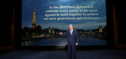 Al Gore in An Inconvenient Sequel: Truth To Power from Paramount Pictures and Participant Media.