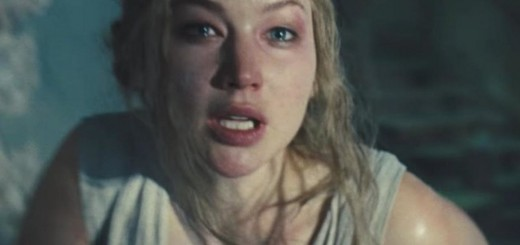 Jennifer-Lawrence-Crying-in-Mother