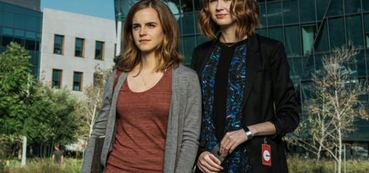Emma-Watson-and-Karen-Gillan-in-The-Circle